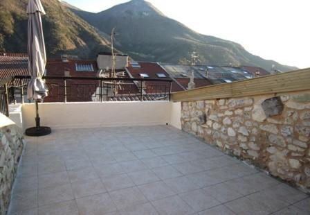 Appartement T3 + terrasse – loc 180