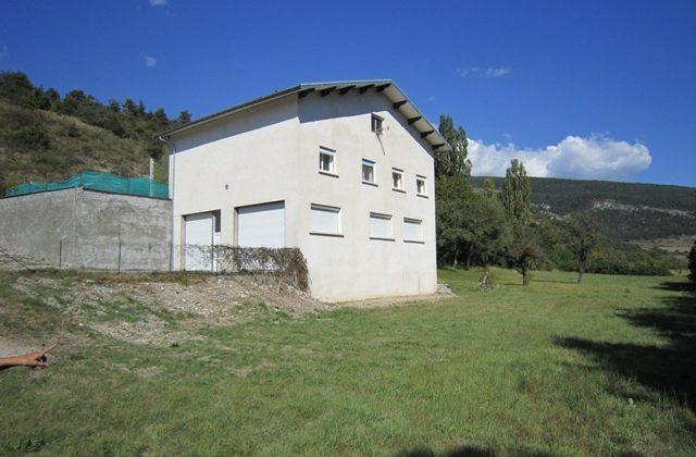 Maison T4 de 95 m² environ sis Le Village – 05140 LA FAURIE
