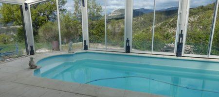 Maison avec piscine intérieure – m1405
