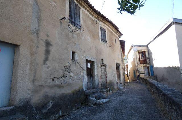 Maison à rénover – m1519