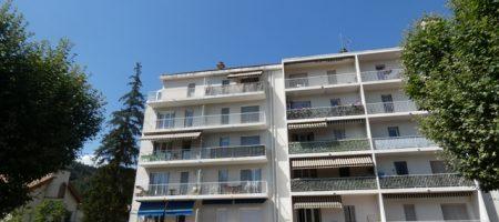 Appartement T3 avec balcon et garage – A1516