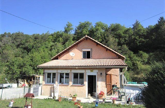 Maison avec garage et jardin – m1605