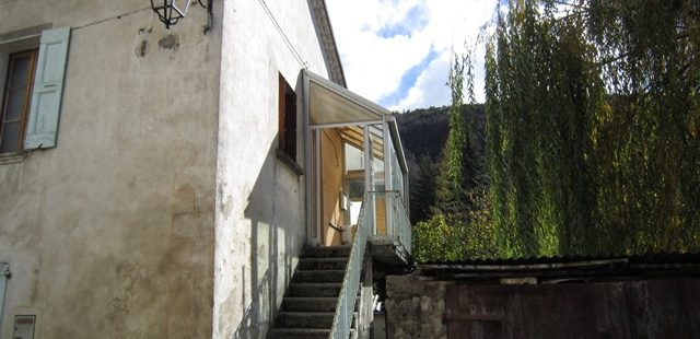 Maison de village sur terrain avec garage – m1542