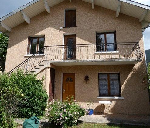 Maison comprenant 2 appartements – m1588 – ASPRES/BUËCH 05140
