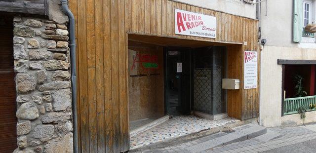 Local commercial – m1614 – ASPRES/BUECH 05140